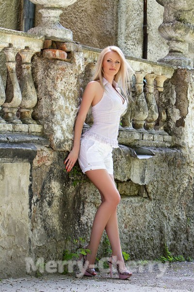 Viktoria Sweet Nude Photos 27