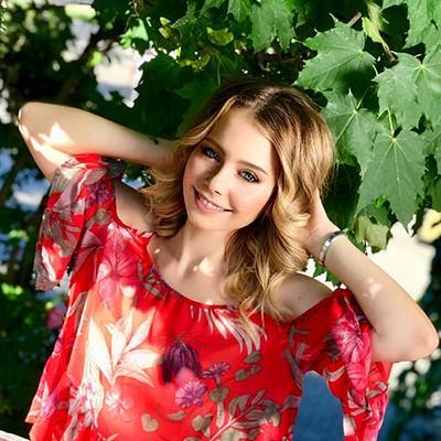 Alina, 22 yrs.old from Sevastopol, Russia