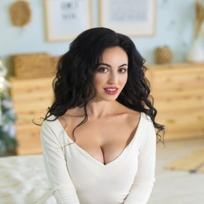 Albina, 33 yrs.old from Naberezhnye Chelny, Russia